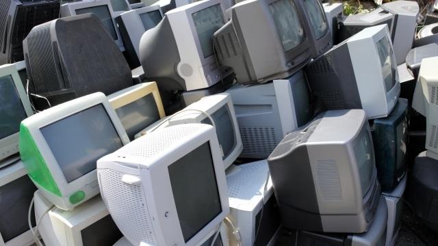 不要な複数のテレビ