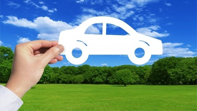 青空に車のイメージ